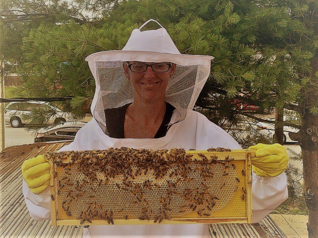Honey Girl 1024x768