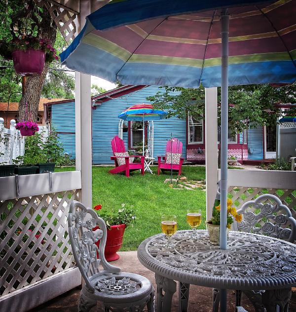 Back garden w Carriage House 600 dpi