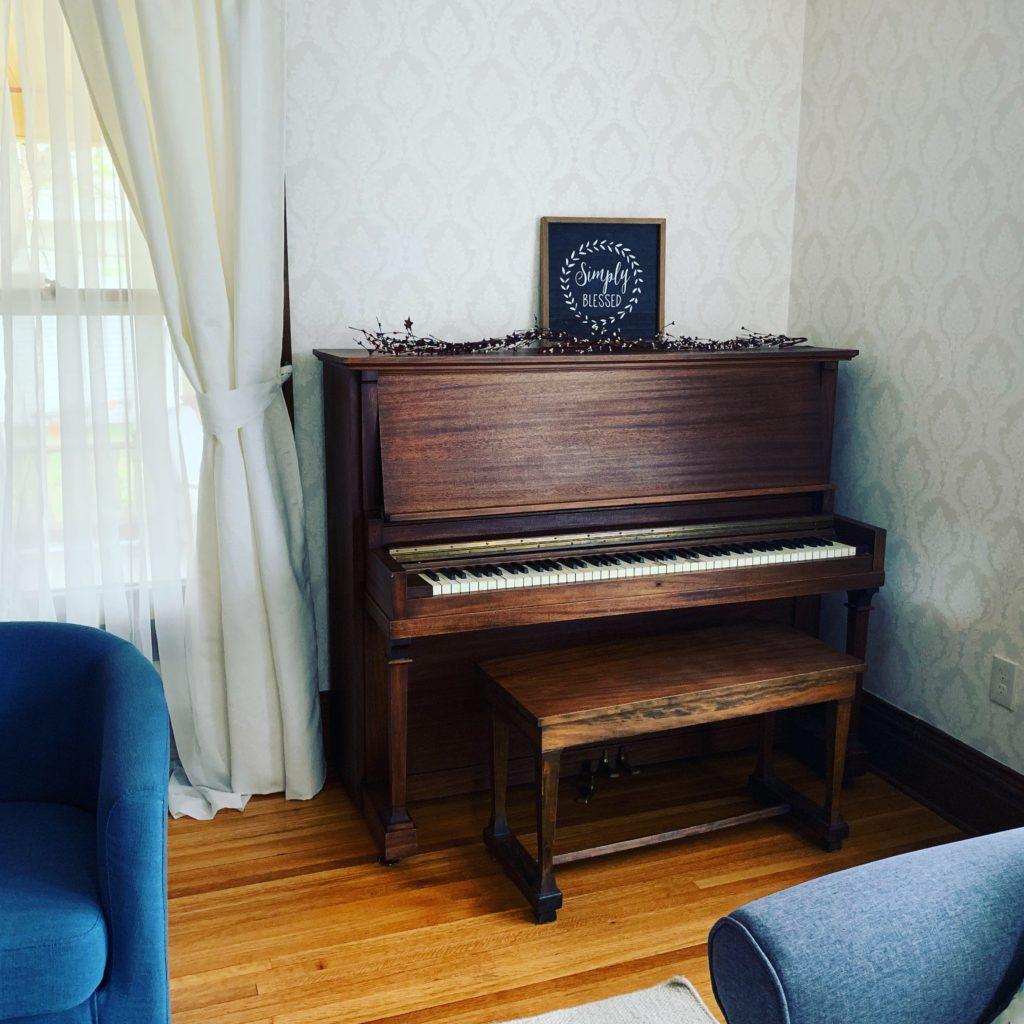 Piano 1024x1024
