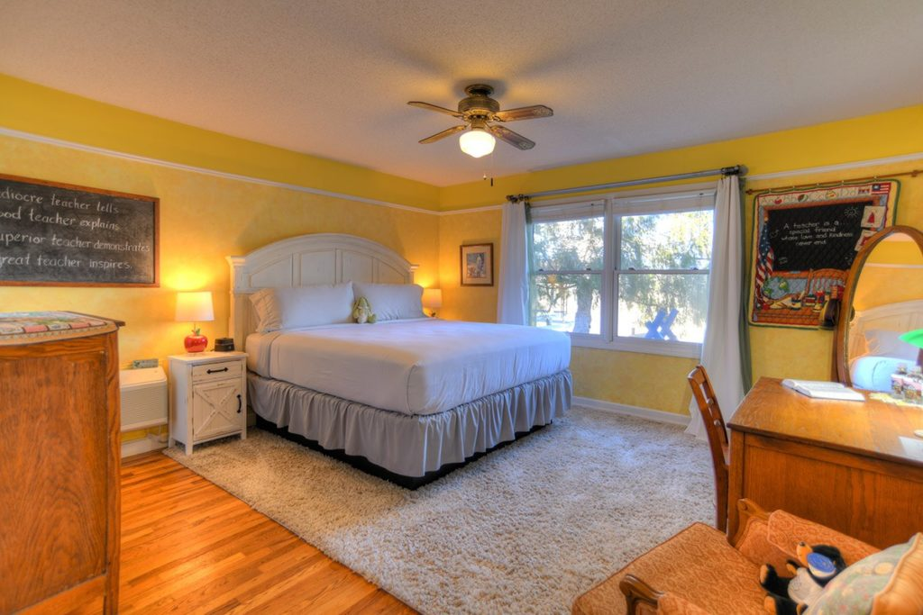 gatlinburg tennessee bed and breakfast 02 1024x683