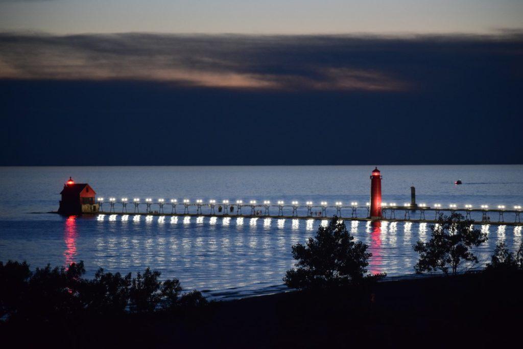 night pier 1024x683