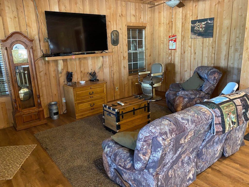 lodge living room 1024x768