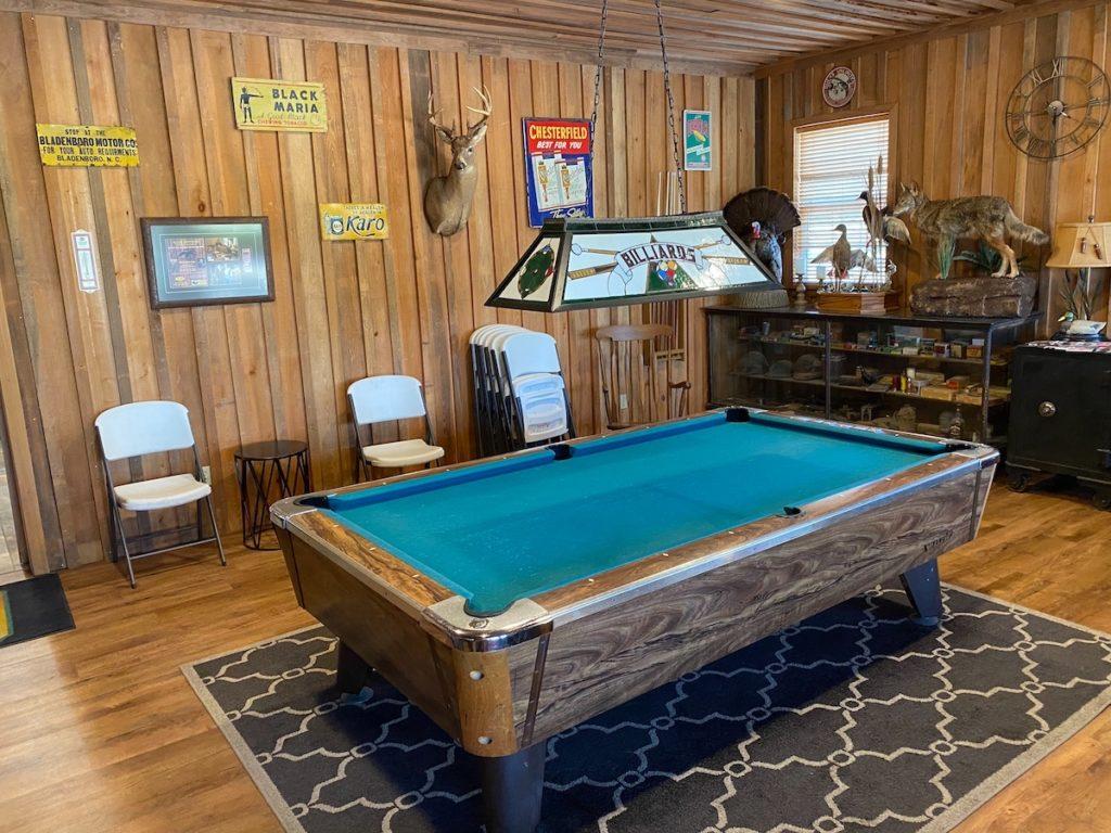 lodge pool table1 1024x768